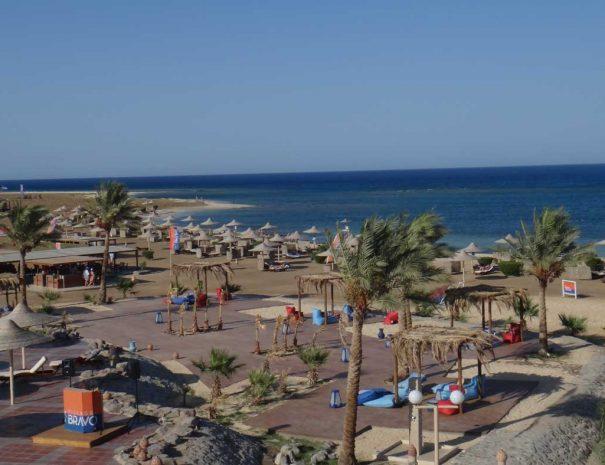 shams-alam-beach-2